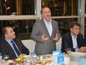 Başkan Gümrükçüoğlu, Arsin Belediye Başkanı Şen Ve Belediye Meclis Üyeleri İle Buluştu