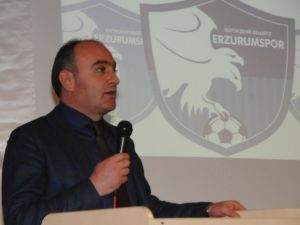 B.b. Erzurumspor Başkanı Özakalın'dan Sağduyulu Açıklama...