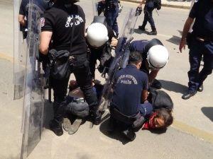 Antalya'da Soma Eylemine Polis Müdahalesi