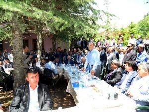 Başkan Sözlü'den, Aladağ'a Su, Yol Ve Otobüs Müjdesi