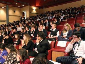 Dünyanın Farklı Yerlerinden Gelen Üniversite Öğrencileri Hasmun'da Buluştu