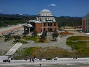 Edremit Anadolu İmam Hatip Lisesi Tatbikat Camisi İnşaatı Hızla Sürüyor