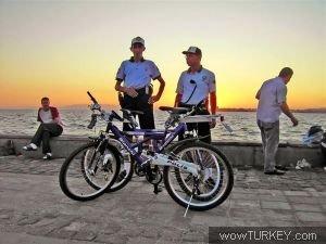 Bisikletli polis timi 'martılar' göreve başladı