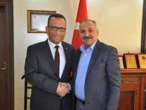 Mersin SGK Müdürü Gülpak'tan Başkan Dinçer'e Ziyaret