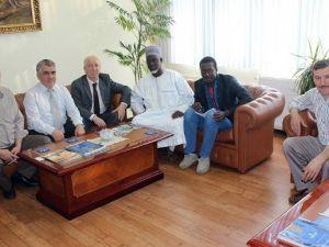 Afrika STK'lar Birliği Başkanından İhlas Vakfı'na Ziyaret