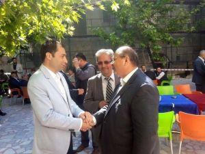 MHP'li Milletvekili Adayı Fırında Simit Yaptı