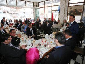"""Genç: """"Yeni Anayasa Türkiye'nin Önünü Açacak"""""""