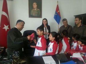 Kumköy İlkokulu Öğrencileri Jandarmada