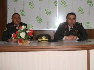 Yozgat'ta Öğrencilere Astsubay Meslek Yüksek Okullarının Tanıtımı Yapıldı