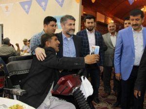 AK Partili Nebati, Engellilere Tekerlekli Sandalye Dağıttı