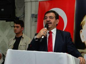 """Bakan Güllüce: """"12 Eylül Darbesini Yapana Ben Hakkımı Helal Etmem"""""""