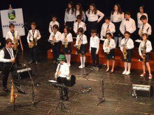 Başak Koleji'nde Küçüklerden Müzik Resitali