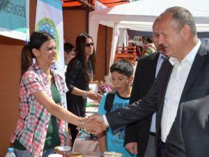 Başkan Keleş, Engelliler Çarşını Ziyaret Etti