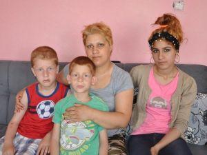 """Sema Anneden Anlamlı Çıkış: """"Ben Devlete İki Mehmetçik İki De Ayşecik Yetiştiriyorum"""""""