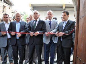 Restore Edilen 251 Yıllık Tarihi Taşhan Hizmete Açıldı