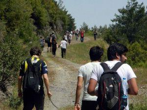 ADÜ Kuyucak MYO Öğrencileri Doğaya Yürüdü