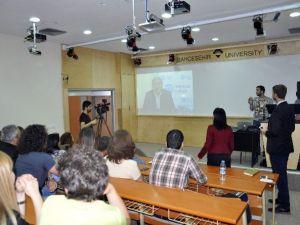 Öğrencilere Yurt Dışında Ücretsiz Dil Eğitimi