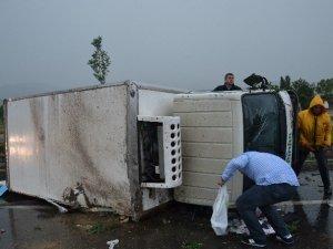 Yağmur Kazayı Da Beraberinde Getirdi: 1 Yaralı