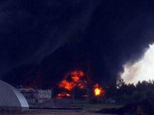 Kiev'de Yakıt Depolama Tesisinde Patlama: 6 Yaralı