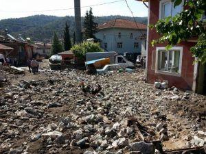 Kargı'da Sel Suları Maksutlu Köyünü Yerle Bir Etti