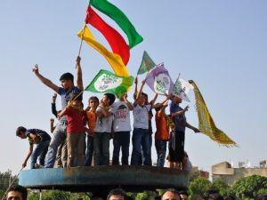 Siirt'te HDP'nin Seçim Kutlamaları