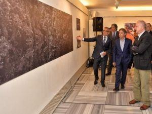 Peru Amazonları Sergisi Beyoğlu Sanat Galerisi'nde Açıldı