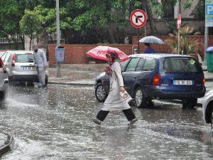 Balıkesir'de Sağanak Yağmur