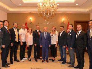 Mersin GİAD'ın Yeni Yönetiminden Vali Çakacak'a Ziyaret