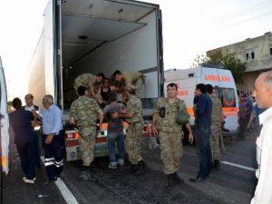 Şanlıurfa'da Asker Araç Devrildi: 1 Şehit, 18 Yaralı