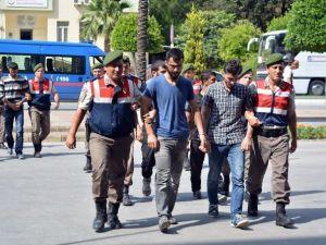 Manavgat'ta Cinayet Zanlıları Adliyeye Çıkartıldı