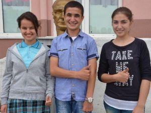 Köy Okulunun Öğrencileri Türkiye'nin Gururu Oldu