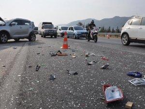 Otoyolda kaza: 2 Suriyeli yaralandı