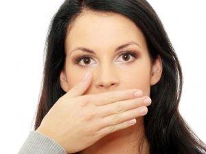 Ağız kokusu sadece diş ile bir problem değil