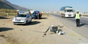 Tur otobüsü ile TIR çarpıştı: 1 ölü, 23 yaralı