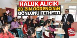 Başkan Alıcık 20 bin öğrencinin gönlünü fethetti