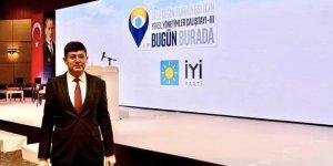 Başkan Özcan Yerel Yönetimler Çalıştayı'na katıldı