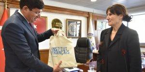 Fransız Konsolosu'ndan Başkan Özcan'a ziyaret