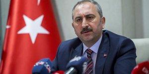 Adalet Bakanı Gül: Halk sağlığını tehdit eden davranışlar suçtur