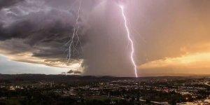 Uzman isimden endişelendiren açıklama: Doğa olaylarının şiddeti artacak
