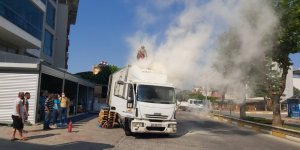 Nazilli'de alev alan kamyon panik yarattı