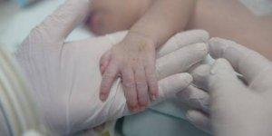 Aydın'da fenalaşan bir aylık bebek hayatını kaybetti...
