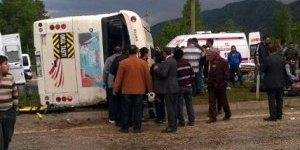 AK Parti mitingi dönüşü kaza: 18 yaralı