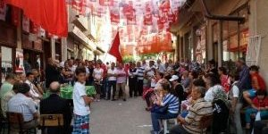 """MHP'den Seçim Kurulunun """" Bayrak Toplatma"""" Kararına Tepki"""