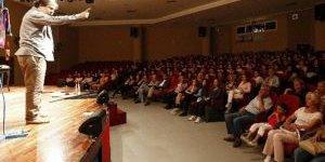 İzmir'de Nazım Hikmet Unutulmadı