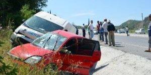 Trafik Kazasında Facianın Eşiğinden Dönüldü