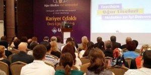 Uğur Okulları Ankara'da Velilerle Buluştu