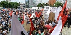 """Kosovalı Gaziler Özel Mahkeme'nin Kurulmasına """"Hayır"""" Dedi"""