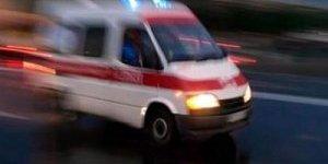 Nazilli'den Bozdoğan'a öğrenci taşıyan minibüs devrildi