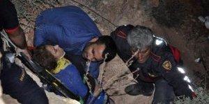 Didim'de bir genç kız, falezlerden atlayarak ölmek istedi