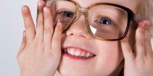 Göz bozukluğu okul başarısını olumsuz etkiliyor